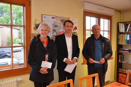 2015-04-28-REMISE-CHQ-EPICERIES-SOLIDAIRES